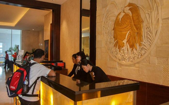 Receptionist Hotel JW Marriott