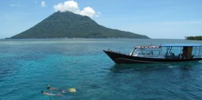 wisata Manado Tua