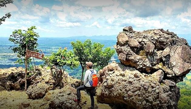 Bukit Watu Goyang