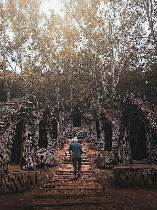 Wisata Seribu Batu Songgo Langit , Dlingo