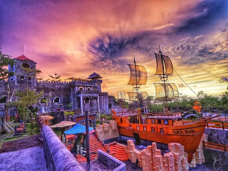 Sunrise The Last World Castle