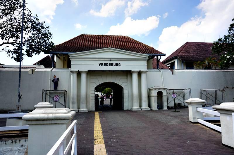 Gambar Benteng Vredeburg