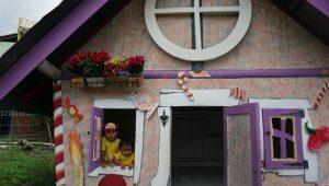Rumah Hobbit Cangkringan Sleman