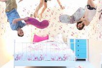 ruang tempat tidur upside down world jogja